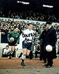 Alan Mullery, Football, Genuine Signed Autograph (02)